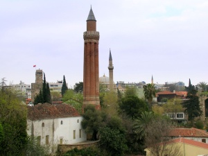 Antalya - Žlábkový minaret